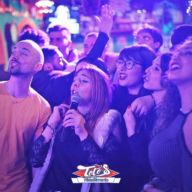 Toto's Pub - Giovedì - Karaoke