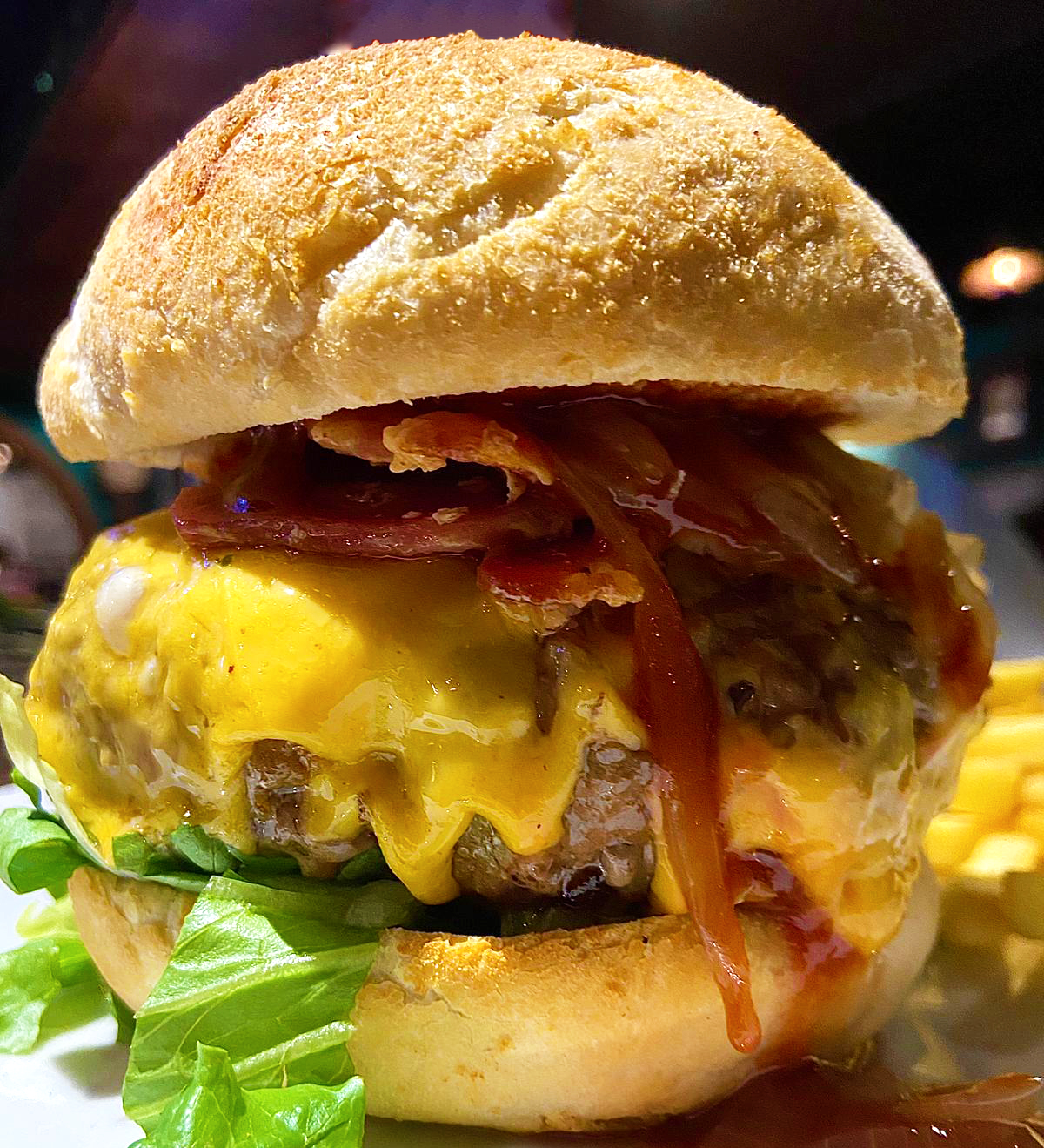 Simona's burger